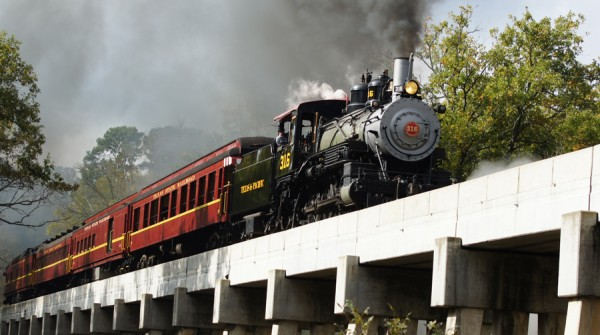 Piney Woods Train Ride  Tour