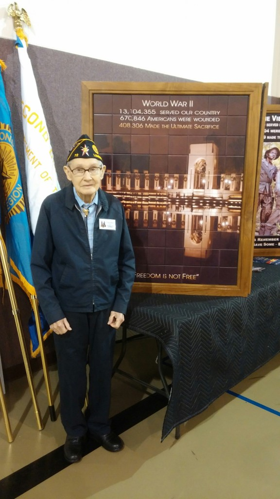 Lester Trauth, Lester Trauth remembers Bedcheck Charlie, Lester Trauth remembers Thanksgiving WWII, Lester Trauth US Army, Lester Trauth European Theater WWII, Lester Trauth Cherbourg Liberation, D Day Survivor WWII, D-Day Survivor Lumberton TX, D-Day Survivor Southeast Texas,