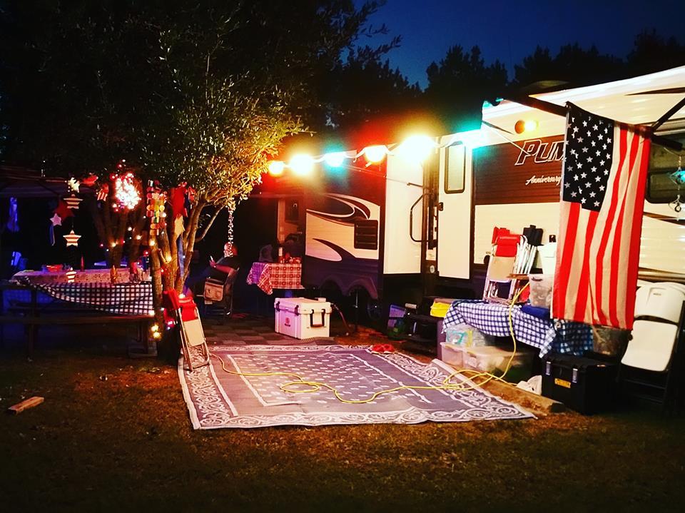 family activities Sam Rayburn, East Texas Road Trip, horseback riding Sam Rayburn, kayaking Mill Creek TX,